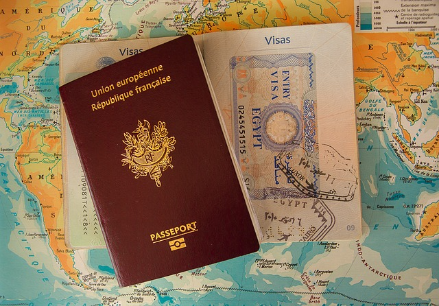 Berapakah Biaya Perpanjangan Paspor Biasa dan Paspor Elektronik